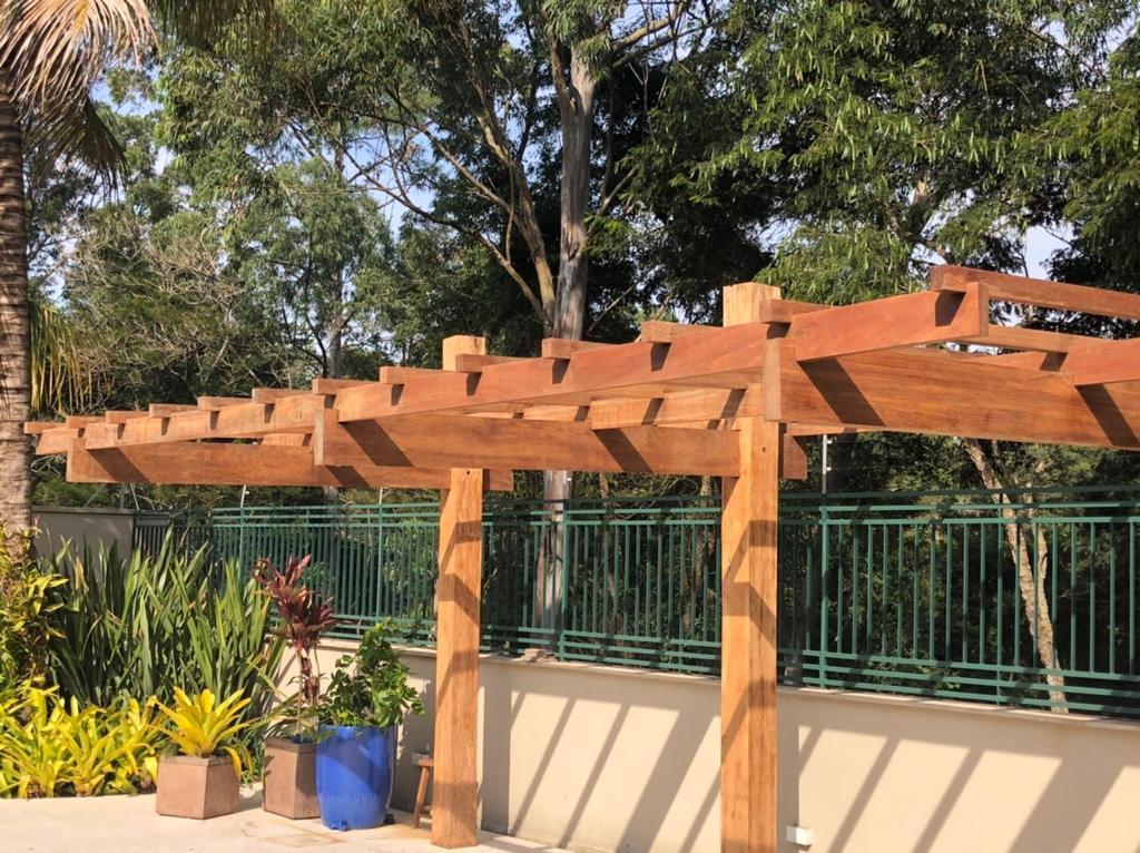 1-estrutura-para-instalação-de-cobertura-em-policarbonato